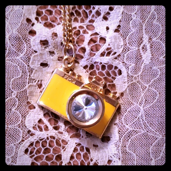Jewelry - Yellow Camera Necklace Long Chain Goldtone